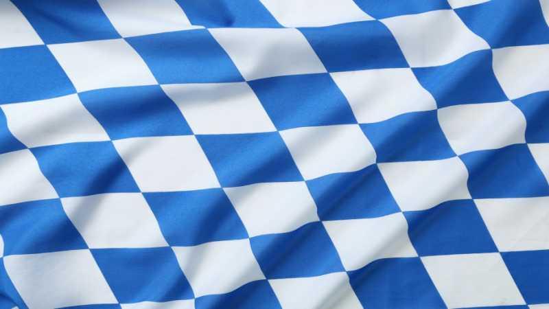 Bayern-Fahne-Flagge-Fotolia-MK-Photo-930x523.jpg